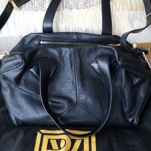 Pour La Victoire Handbag